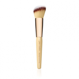 blending contouring brush